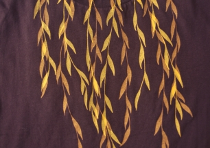 m-willow_brown-t_gold-front-closeup