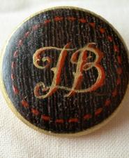 bouton-monogramme