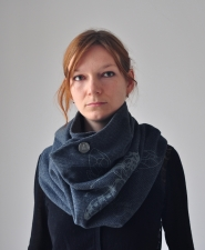 scarf-vespula3-grey-wool-4
